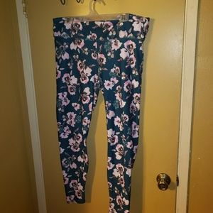 Fabletics size 1X tall teal floral leggings